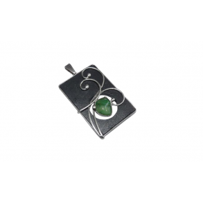 "Slate pendant with ""jadeit african"" mineral"