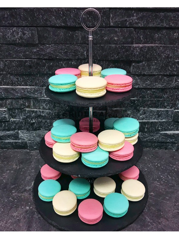 Macarons by Petra